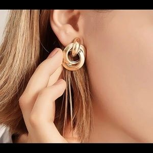 Gold Fashion Earings